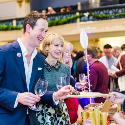 Susie & Peter at Wine Festival Winchester III - credit Cath Lowe