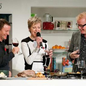susie-with-theo-randall-and-chris-evans-saturday-kitchen-supertheatre-bbc-good-food-show-london-image-courtesy-255-photography-sq